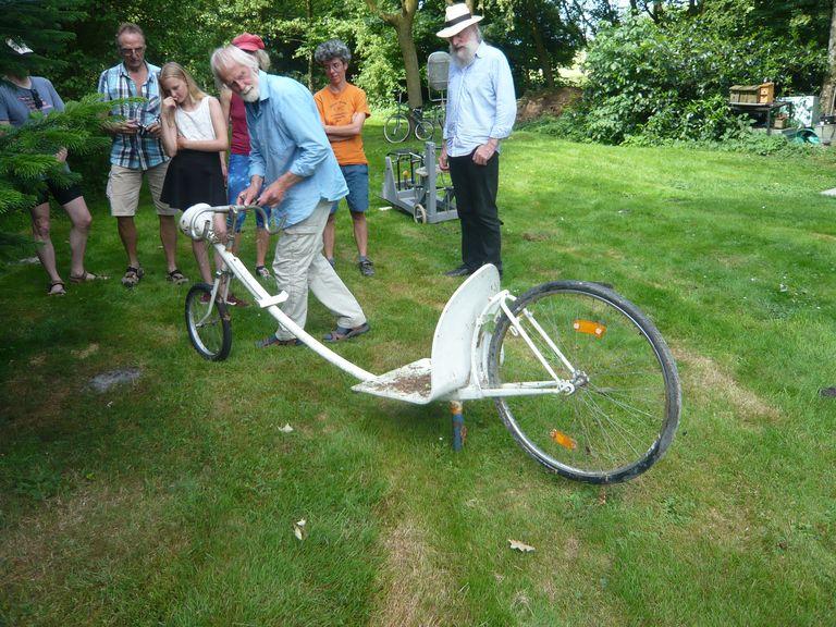 Ein Fahrrad für die Fahrt gegen den Wind!