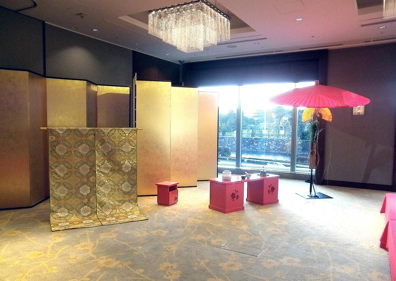 パレスホテル東京 2階 梅の間