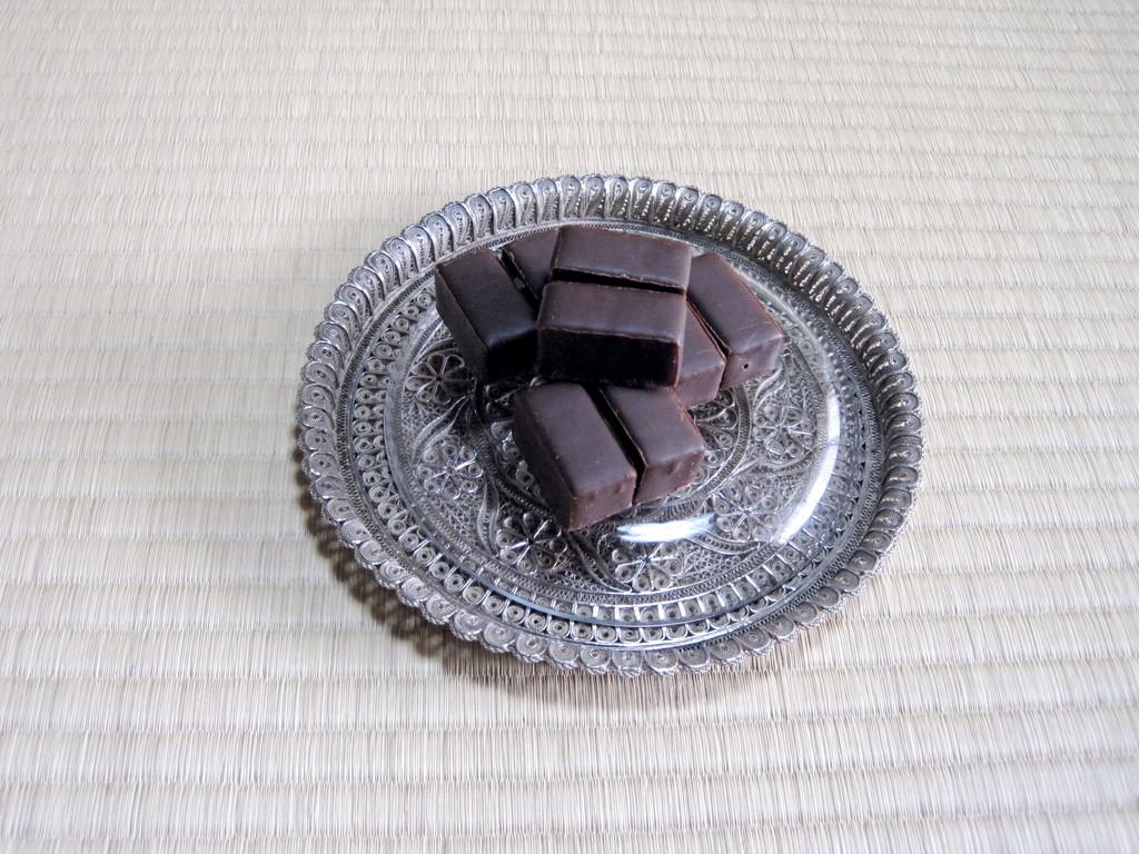 ポーランド菓子 小鳥のミルク  菓子器 銀細工