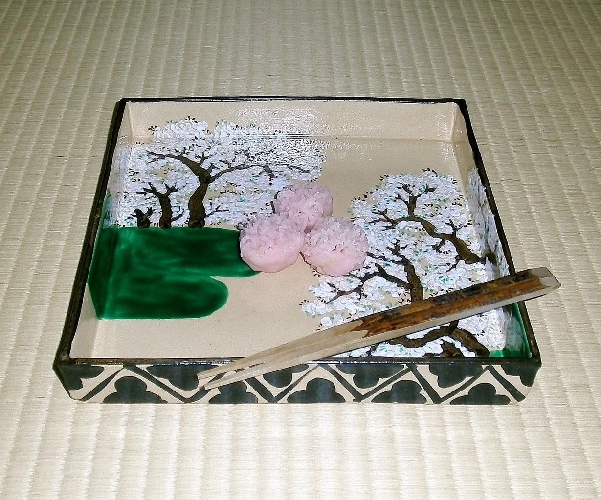 尾形乾山写桜 菓子 美吉野  源太製