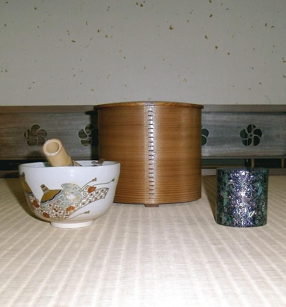 中次韓国人間国宝 市女傘茶碗