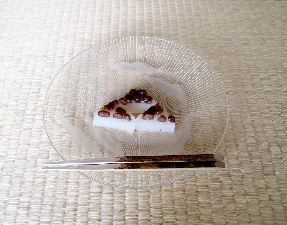 菓子器  義山 山本コウ(2009年6月12日97才没)   菓子   水無月  源太製