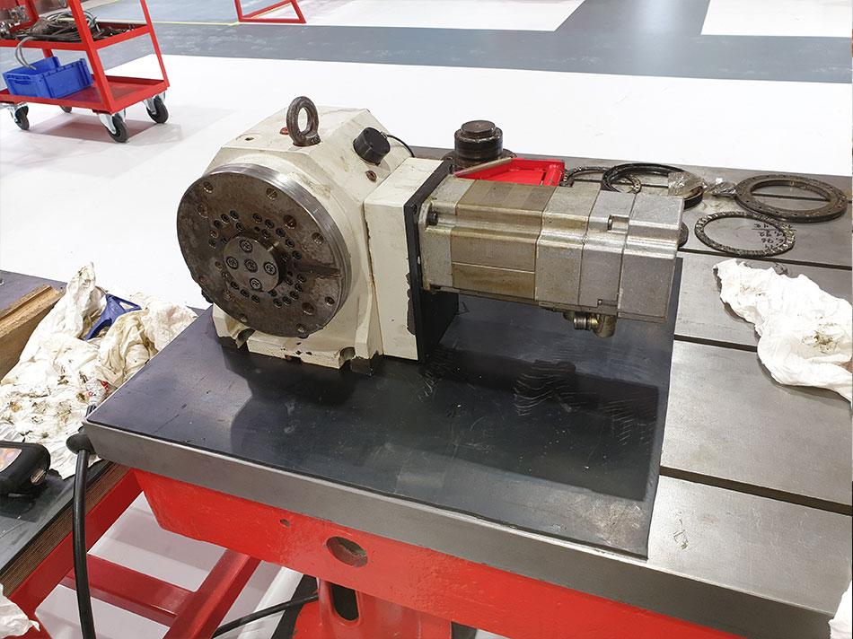 NC Schwenktischantrieb Peiseler NC-Teilgerät AWU 200