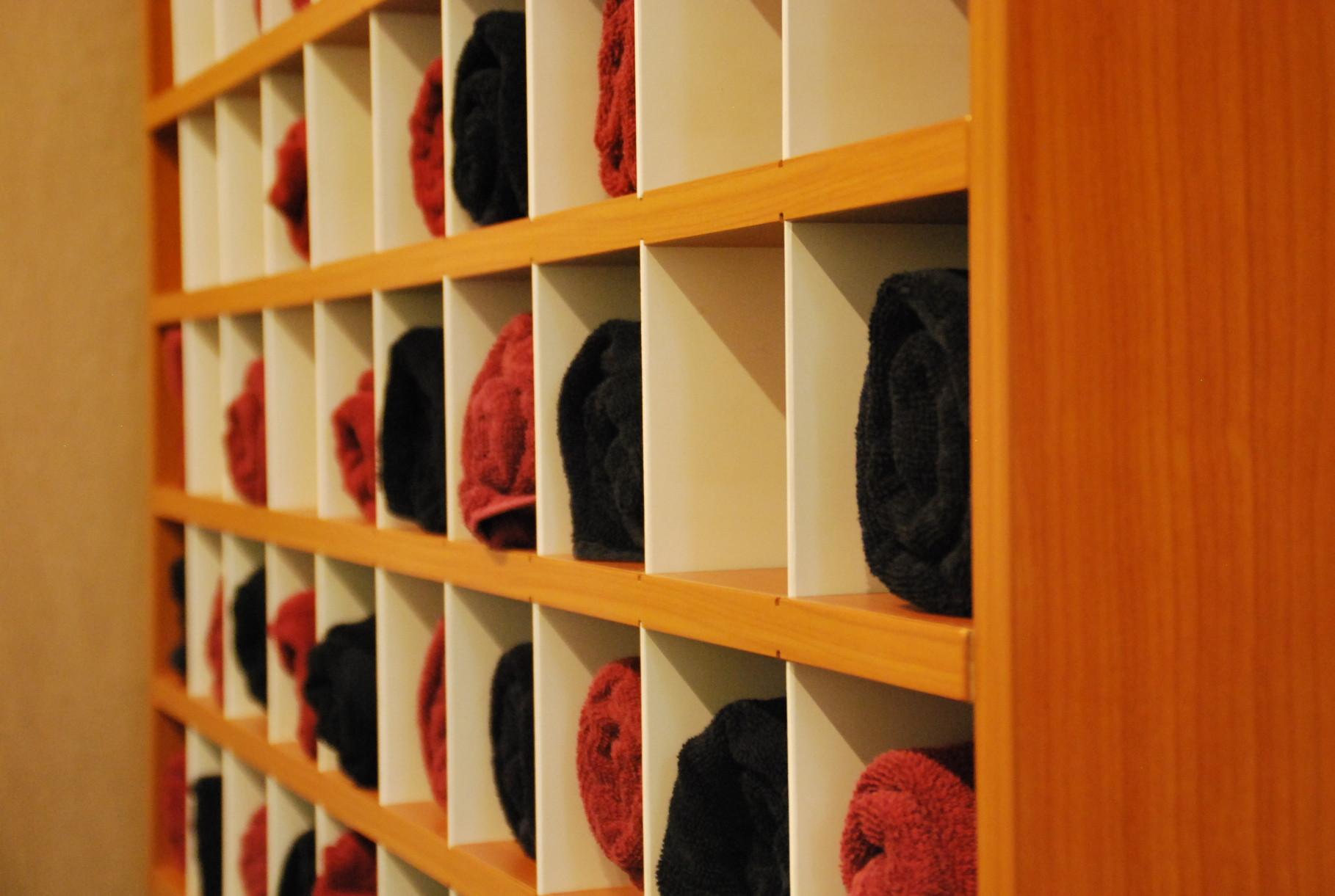 unser friseursalon h h kreative k pfe friseur und kosmetik in berlin prenzlauer berg. Black Bedroom Furniture Sets. Home Design Ideas