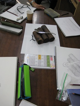 素材の違いを描き分ける練習