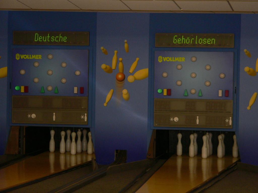 Kegelbahnen mit Überschrift in Wetzlar
