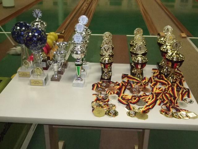 Ehrenpreise mit DGS-Medaillen