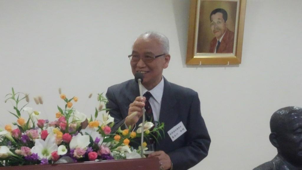 新聞通信調査会理事長  長谷川 和明 氏