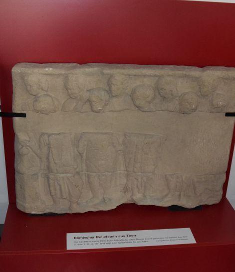 Grabstein aus Thorr