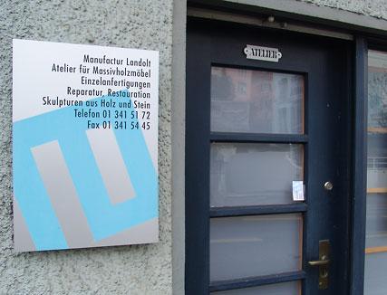 """Firmentafel für die """"Manufactur Landolt"""" Zürich-Höngg"""