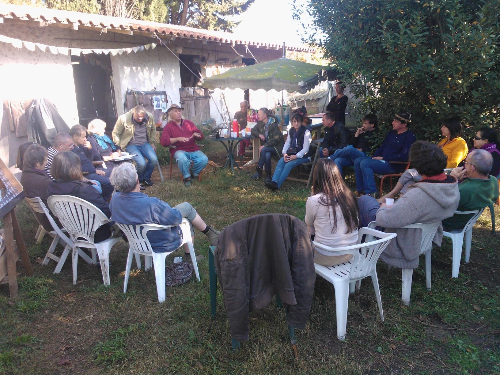 Journée jardin,initiation a la radiesthésie,dans le cercle ,l'énergie,l'information,circulent mieux...