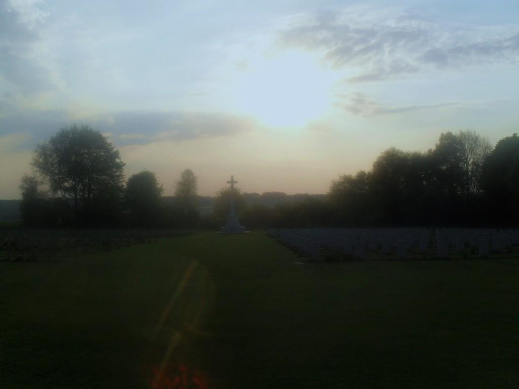Thiepval : april sunset.