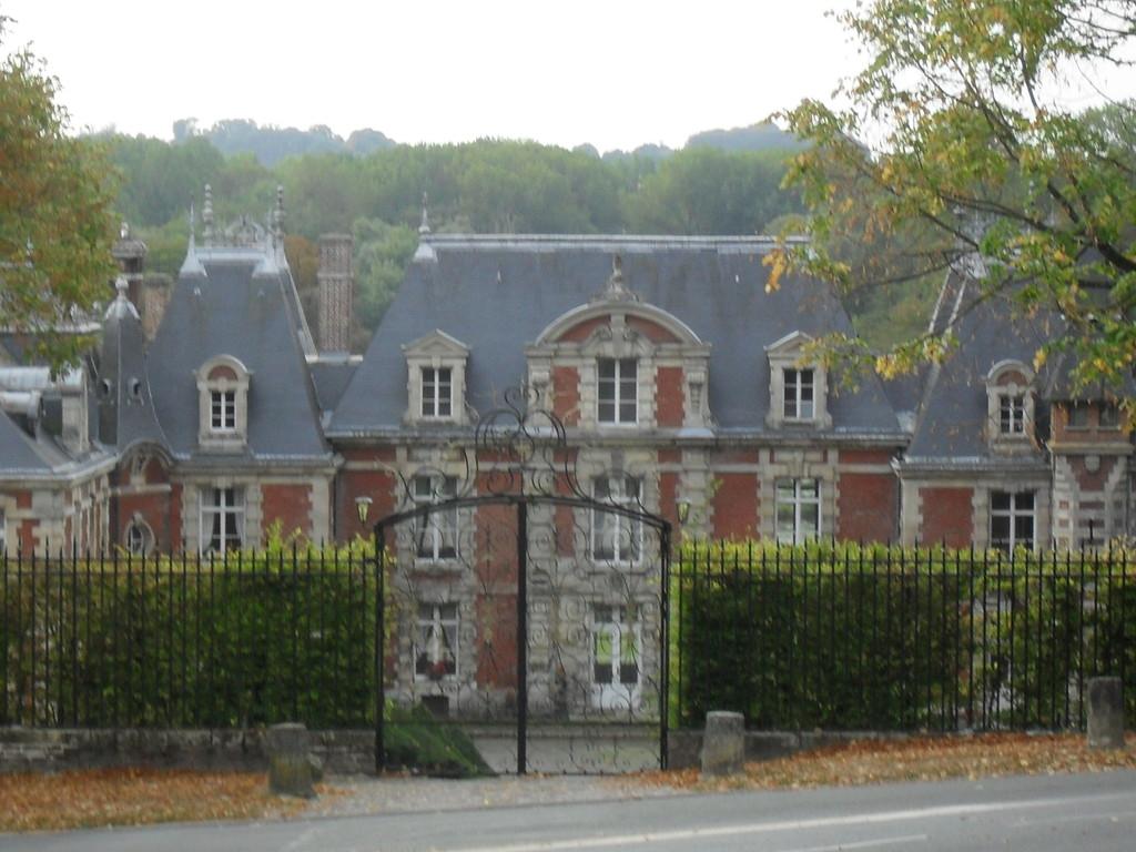 Château de Suzanne