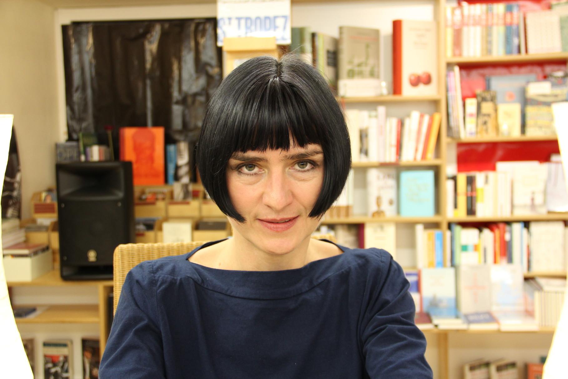 """""""Die Ordnung der Sterne über Como"""" schaffte es auf die Shortlist für den Deutschen Buchpreis 2013: Monika Zeiner. Zusammen mit dem Pianisten Andreas Hirche überzeugte sie musikalisch und literarisch"""
