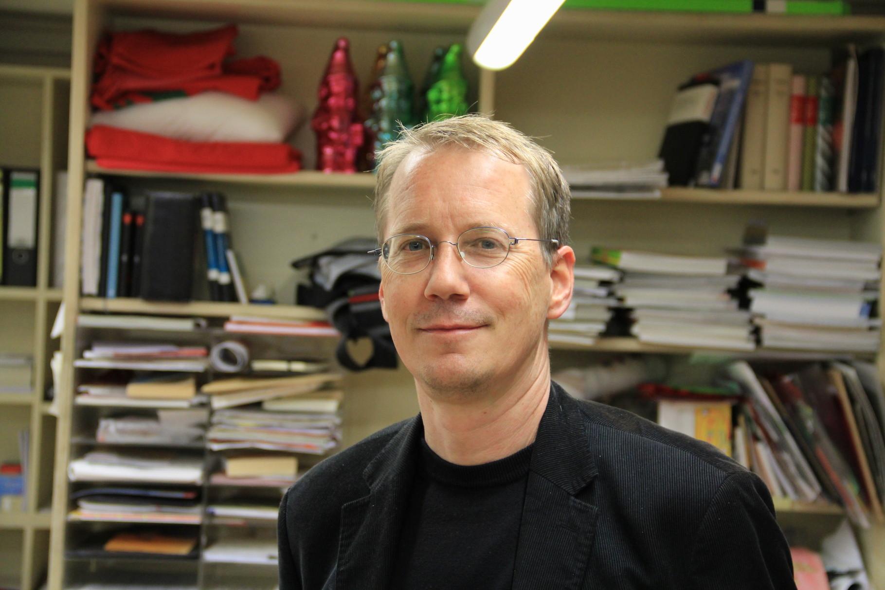 """War schon 2010 in der Lesbar zu Gast und erneut 2014, diesmal mit """"Das Sandkorn"""" nominiert für den Deutschen Buchpreis: Christoph Poschenrieder"""