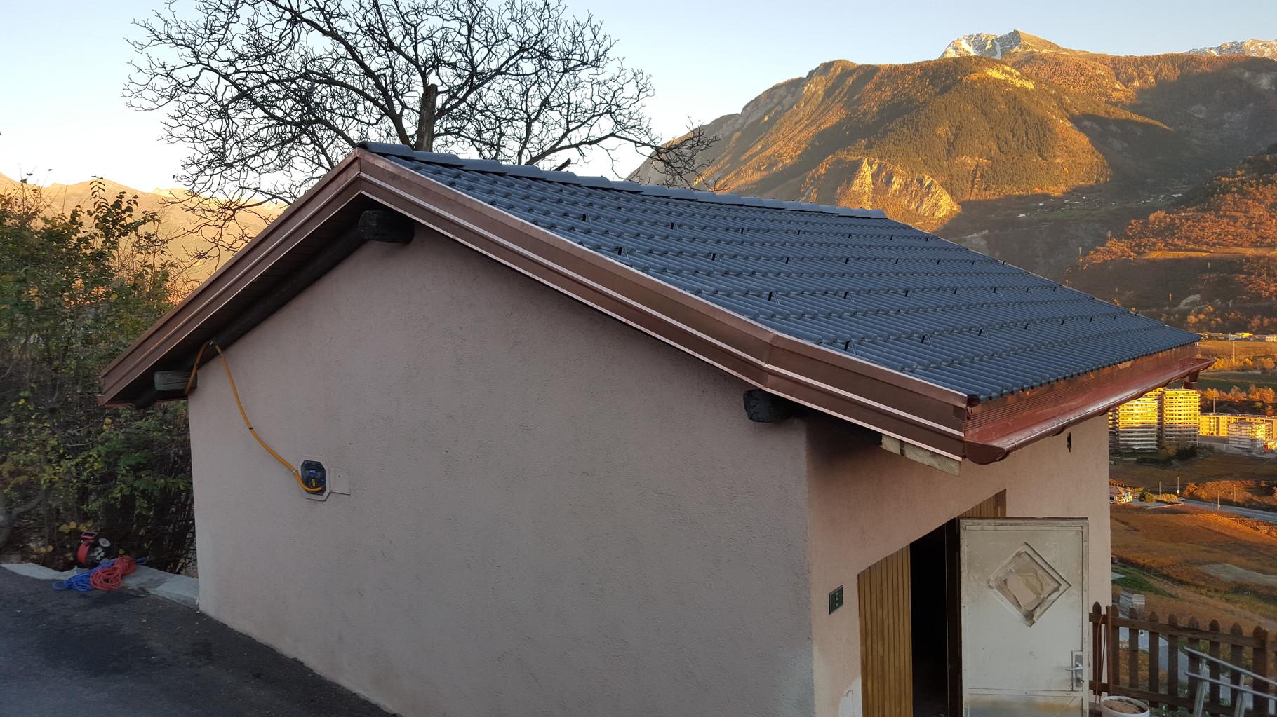 ferblanterie et couverture d 39 une toiture corin dj toitures. Black Bedroom Furniture Sets. Home Design Ideas