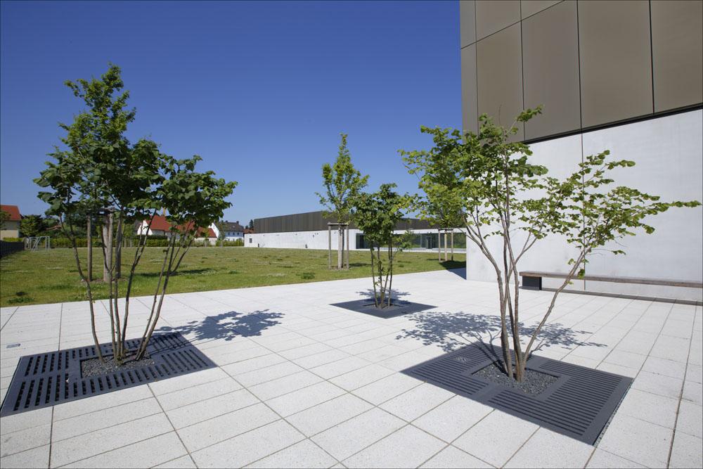 Latz+Partner: Aussenanlagen der Mittelschule Schwaigfeld/Olching
