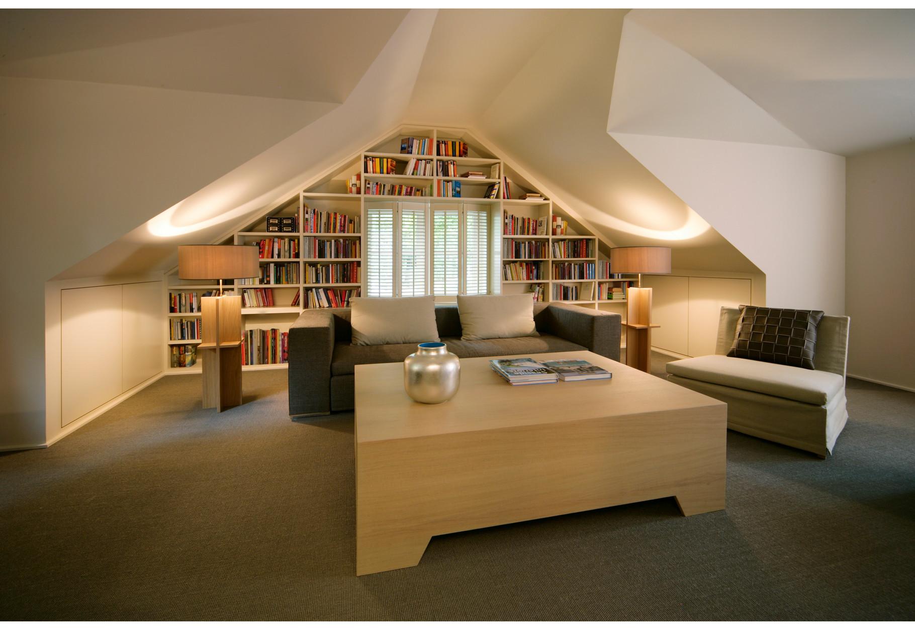 """Sanierung einer Remise in HH, mit Büro """"Hennings Börn Interiors"""""""