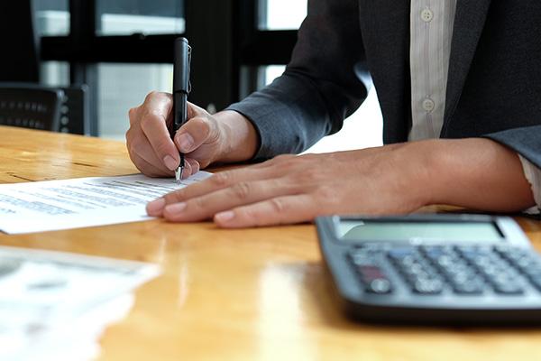 Business Academy treibt alte «Schulden» ein