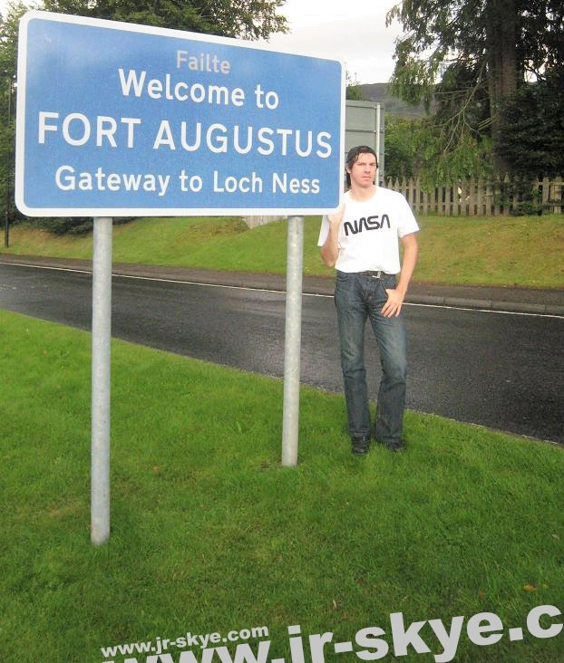 """My destination: Fort Augustus, the Gateway to #LochNess, Scotland (57´9´N,4´41´W, 32 miles/52 km south of Inverness). Greetings to #NASA (!)""..."