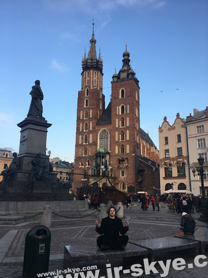 Reflection of the years 1772, 1793 & 1795: here I meditate in one of the most beautiful cities in Europe, UNESCO World Heritage Site Kraków Old Town again, St. Mary's Basilica/Main Market Square...