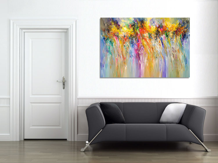 """The abstract painting """"Energetic Line XL 2"""" in the finished clamped to the wall ."""