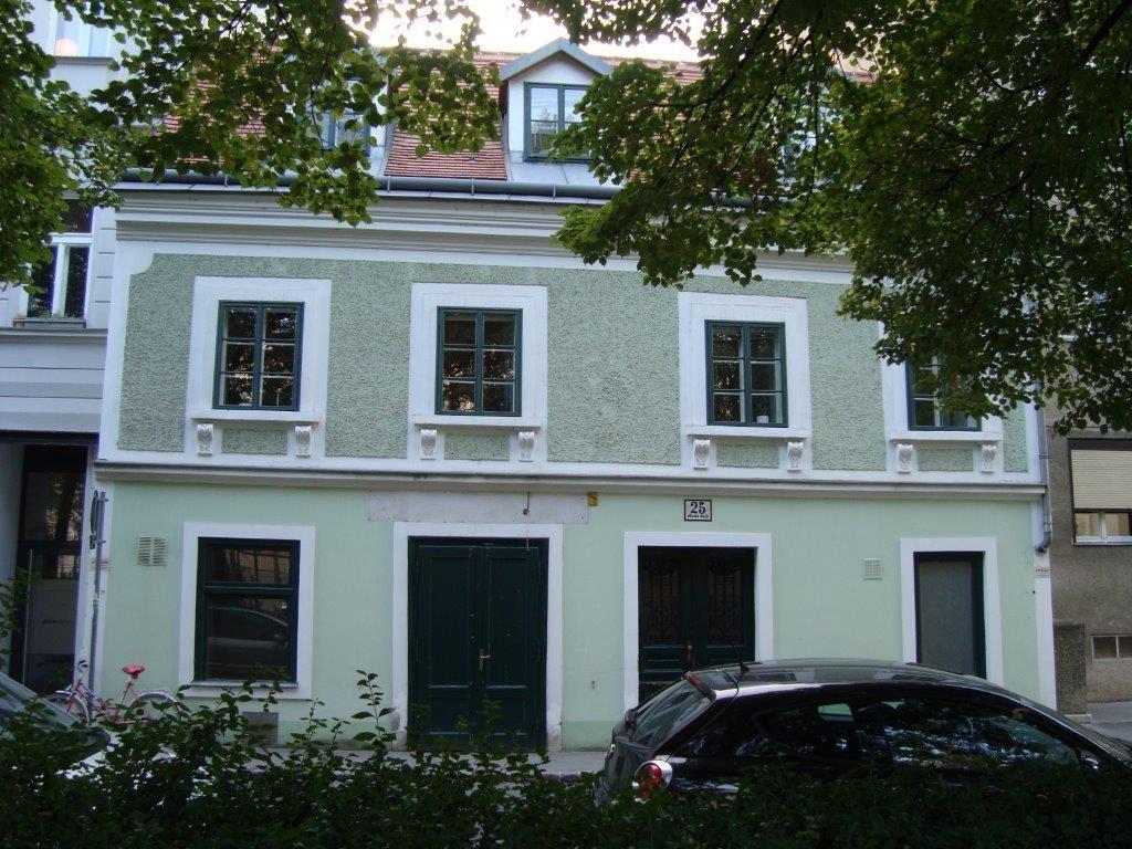 Altes Haus im Lichtental. 1090 Wien, Marktgasse 25