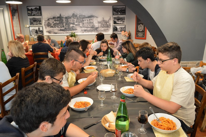 Niente male il pranzo in taverna a Capranica Prenestina