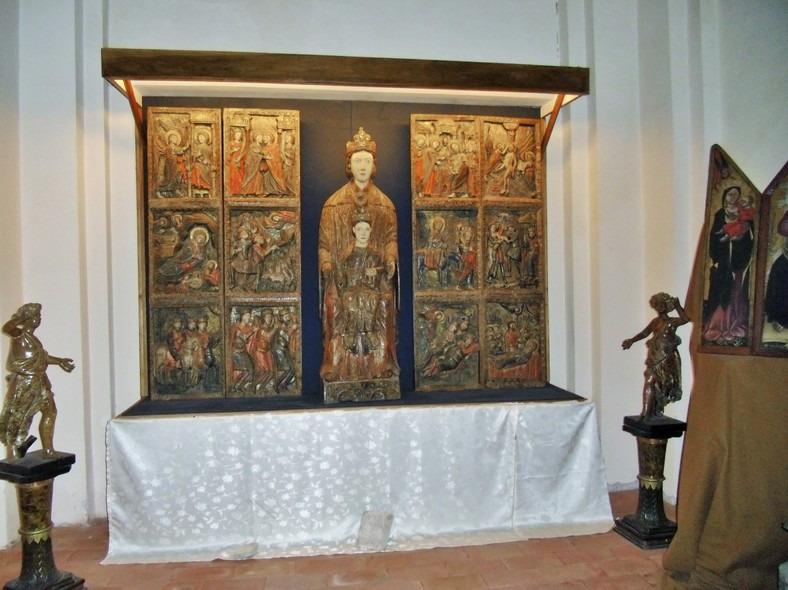 inestimabile e antica Madonna di Costantinopoli