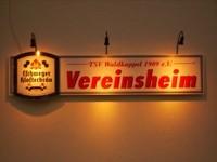 Reklame Vereinsheim bei Nacht
