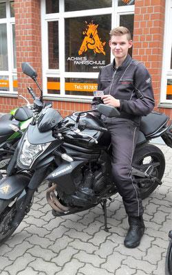 Alexander Scheller hat seinen BE Führerschein seit dem 28.10.16