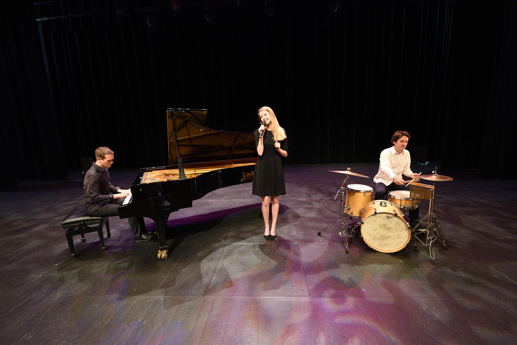 Groupe de musique variété jazz • événement, mariage, cocktail, vin d'honneur •Nantes Paris Rouen Caen
