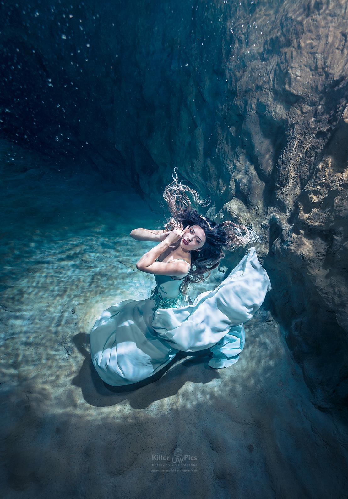 (C) Fotograf: Konstantin Killer, Model: Katharina Palzer, Unterwasser Shooting