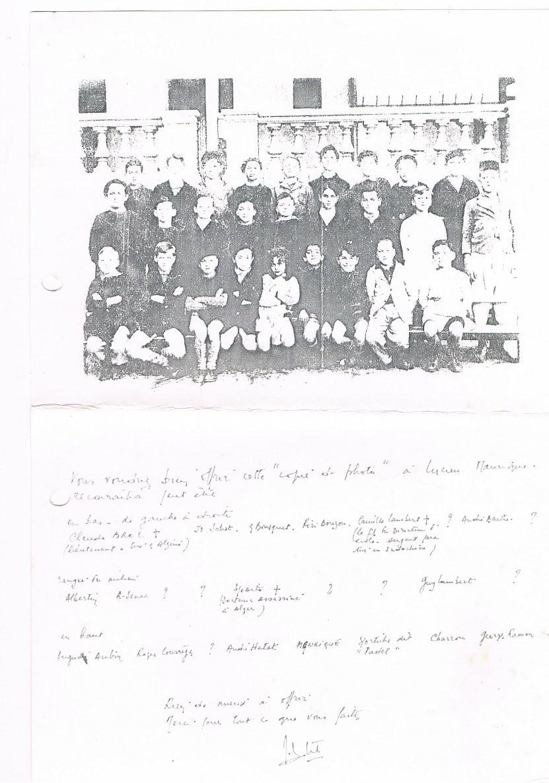 Photocopie de classe de Jo (1er rang, 2eme à gauche)