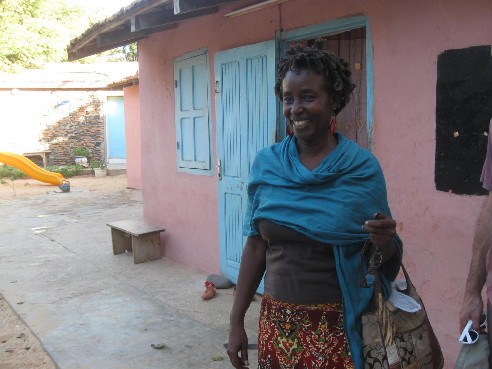 Fatime dans l'école de Gorée où elle a grandi
