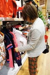 すでにお買い物モードのm嬢は-少しおいておきましょう-笑