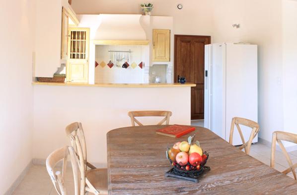 Küche und Esszimmer Villa Syrah