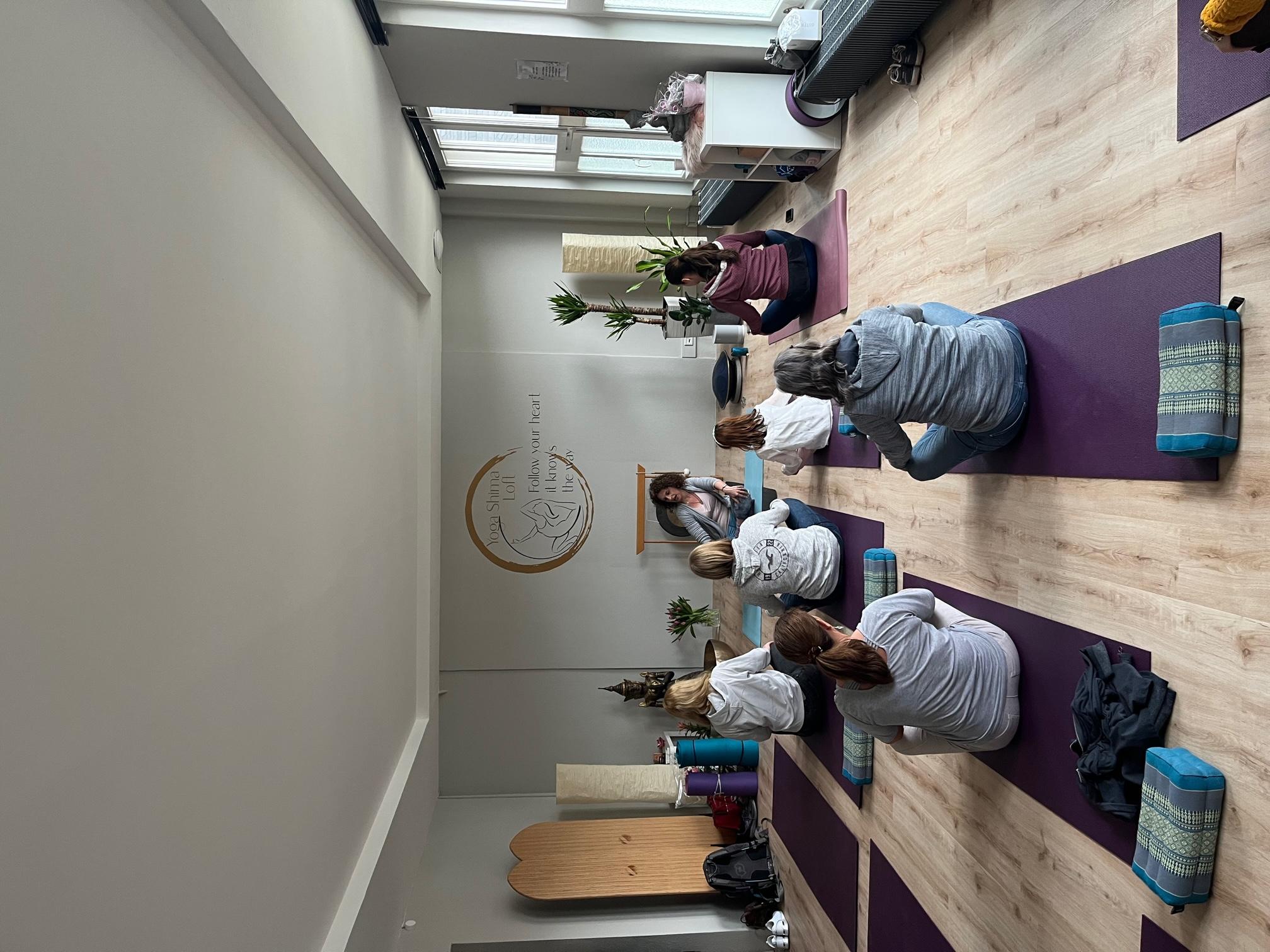 Yoga Fitness Level I Sandra Golob Yoga Shima Yoga In Remscheid Yoga In Remscheid Yogakurse Yoga Bergisches Land