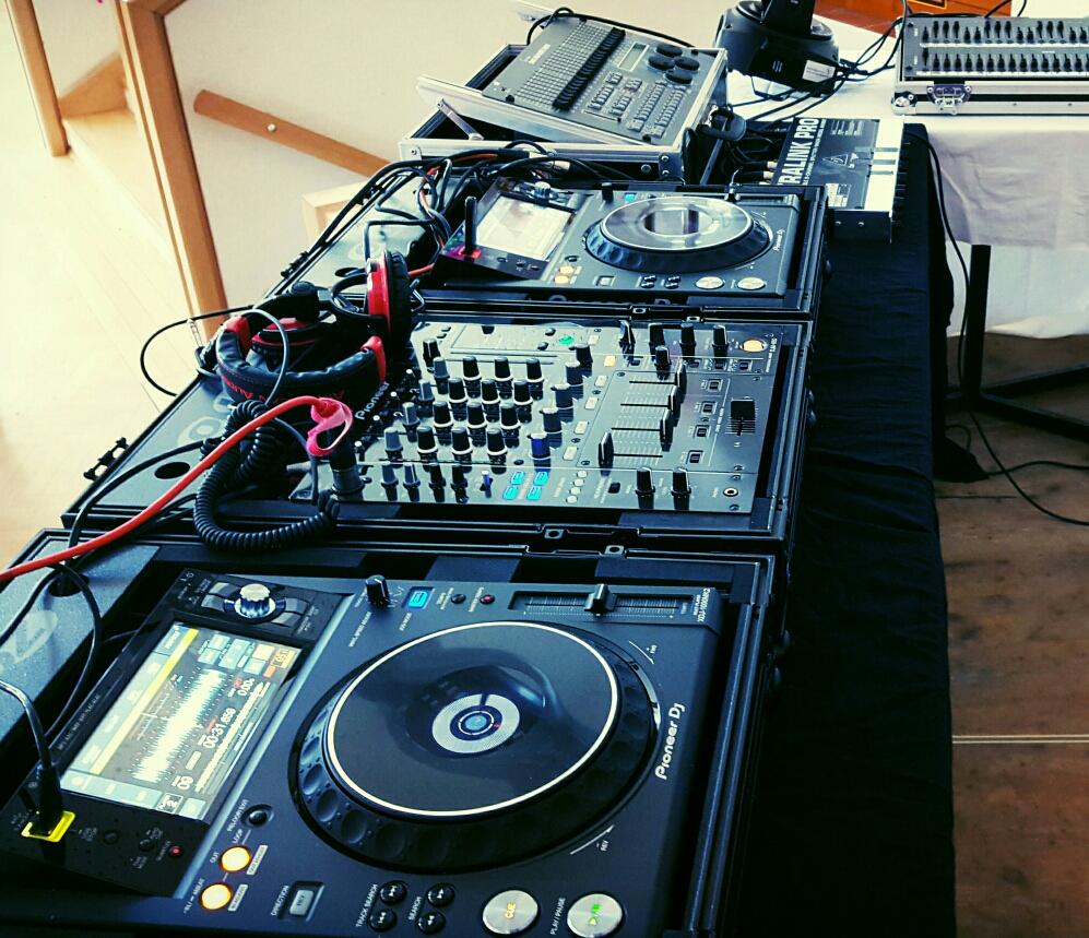 DJ RAINOX@KULTURHAUS FLATZ