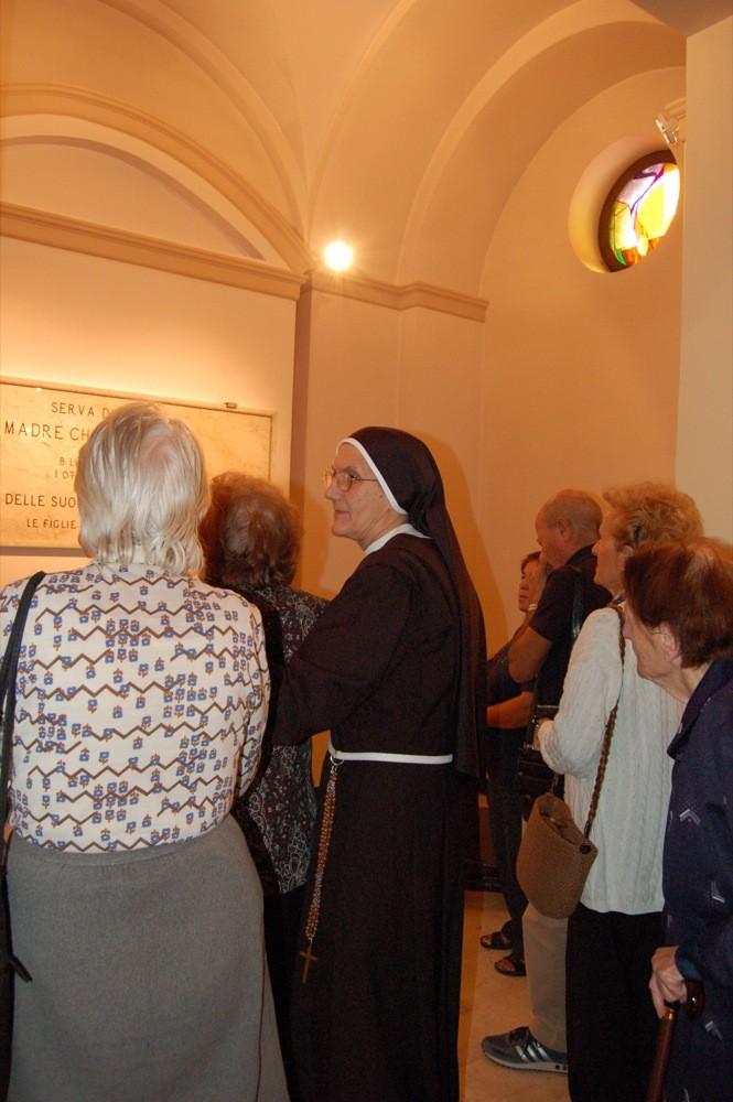 la Tomba di Madre Chiara (la Fondatrice)