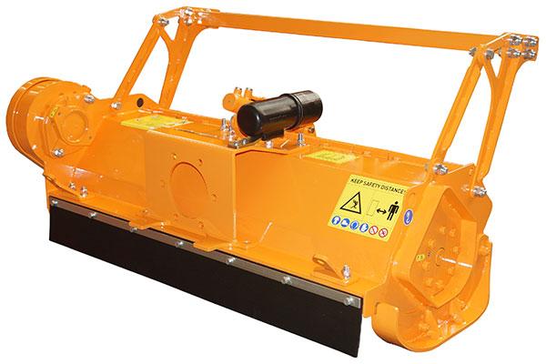 Hydraulischer Forstmulcher SEPPI M. MICROFORST rc mit Frontschutz aus Gummi