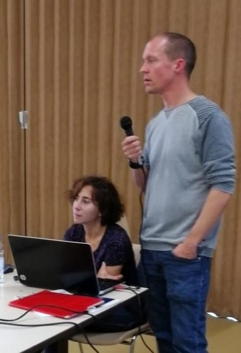 Mr et Mme Mignien en échange avec le public