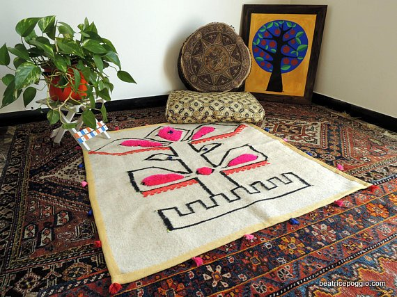Hand woven wollen carpet made in Morocco