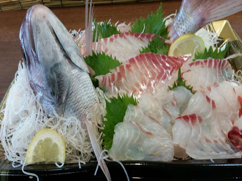 鯛の刺身 お造り盛り合わせ