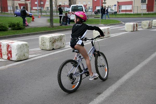 Loanne en vélo