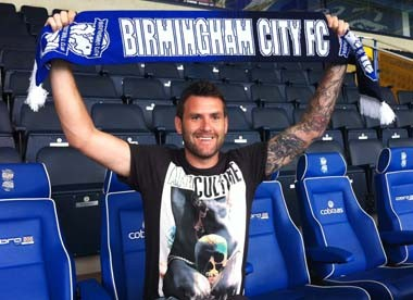 David Lucas mit Birmingham City-Schal)