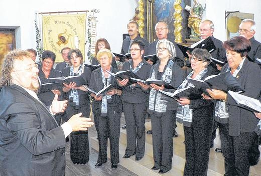 Jubiläumskonzert, Gemischter Chor - Leitung: Hans Aschenbach - 170612