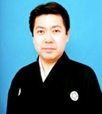 九世 橋岡久太郎