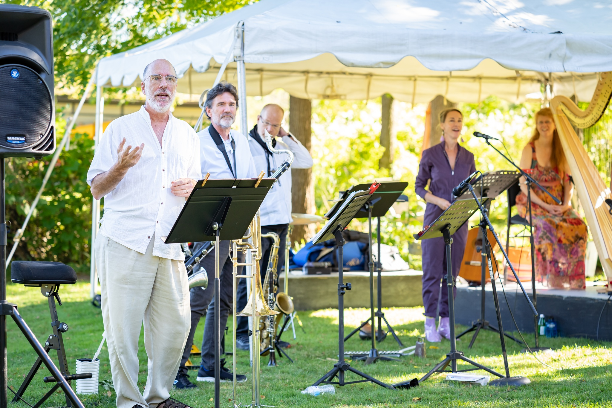 Tom Allen,  Jeff Reilly, Pete Gemmell, Patricia O'Callaghan, and Lori Gemmell perform during Sunday Matinee Mainstage.