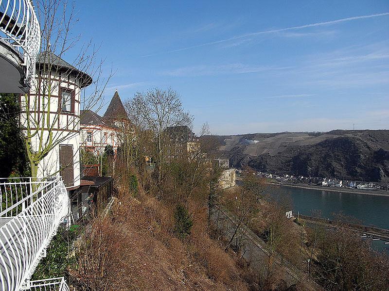 Rhein-Hunsrück-Kreis: Einfamilienhaus  mit freiem Rheinblick in St. Goar